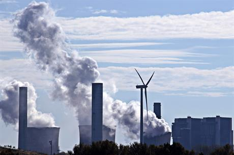 Emissions are still on the rise (pic: S Hermann & F Richter / Pixabay)