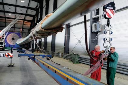 Fraunhofer's blade testing facility
