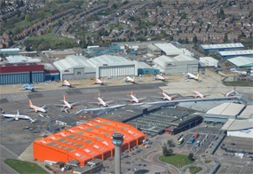 Luton airport: expansion deal agreed (pic courtesy GJC1 on Flickr)