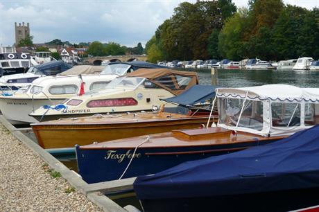 Henley: Town Council embarks on review of neighbourhood plan (Credit: Flickr/Herry Lawford)