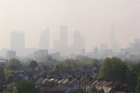 Air pollution: government ordered to develop new plan