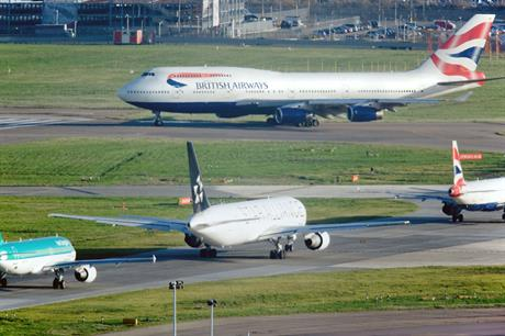 Heathrow: government backs expansion plan