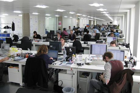 Workplaces: survey details latest wage and working conditions