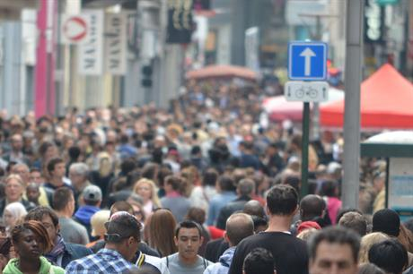 Population: numbers rise sharply in city regions