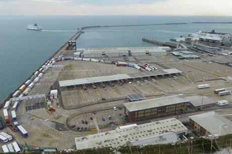 The Port of Dover (pic © Marathon / geograph, cc-by-sa/2.0)