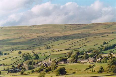Councils call for removal of national parks barn conversion block – Yorkshire Dales National Park Planning
