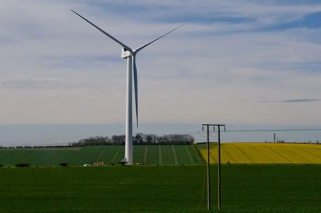 Wind power: government wants communities to benefit
