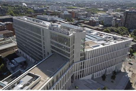 The college's city centre building creates connections with surrounding areas (PIC City of Glasgow College)
