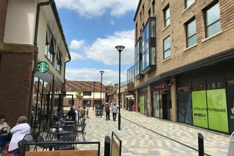 Hotel, cafes and a pleasant thoroughfare at Piries Place