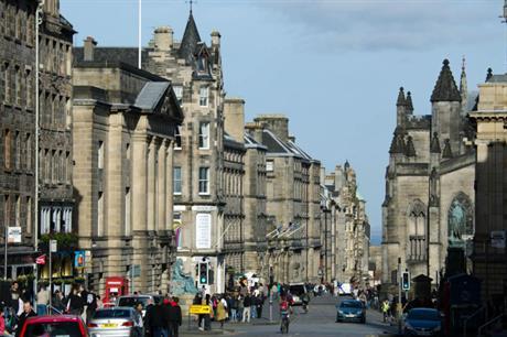 Edinburgh city centre (pic xiquinhosilva via Flickr)