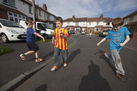If streets are closed, children can use the space for all kinds of play (PIC Playing Out)