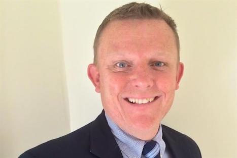 Dr Michael Holmes
