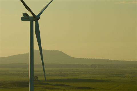 Iberdrola targets Asian wind and solar projects