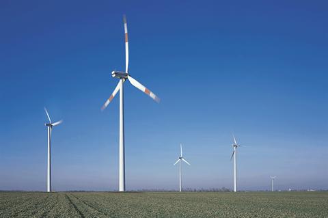 New blade retrofit boosts wind turbine output