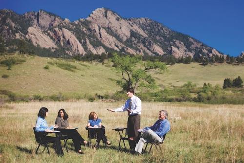 2 simple ways to improve board meetings