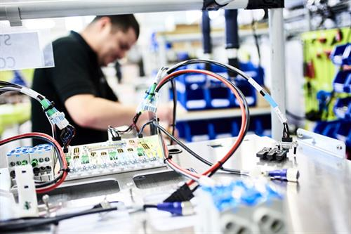 How this company went from sheet metal to robotics (via advertising)