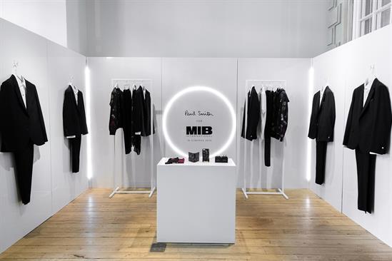 Paul Smith recreates Men in Black suit room
