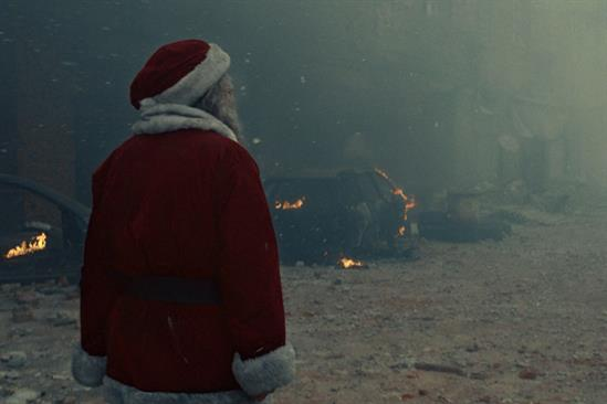 """International Committee of the Red Cross """"The one gift Santa can't deliver"""" by Adam & Eve/DDB"""