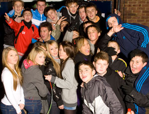"""Plans to hand council-run youth clubs to the voluntary sector in Oxfordshire are  """"unsustainable"""""""