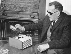 Early use of the RNIB talking books service