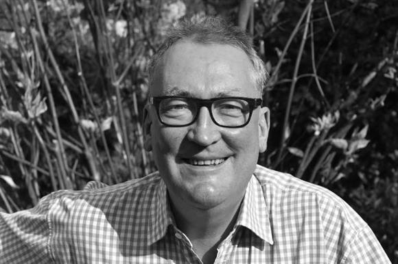 Peter Bennett-Jones