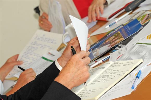 Charity meetings: few open to public