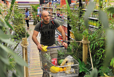 Ed Stafford promotes Tesco's partnership with the RSPB