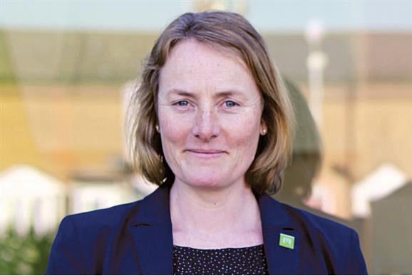Louise Parkes