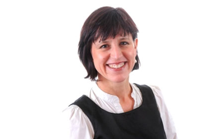 healthcare comms: Tudor Reilly MD Julie Walters