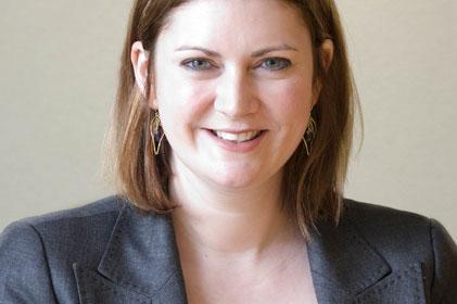 Senior consultant: Carolyn Dealey