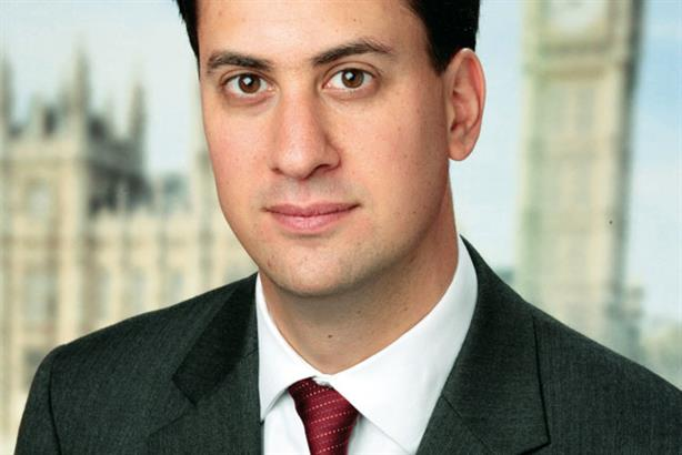 Ed Miliband: 'a poor hand to play' in party donation debate