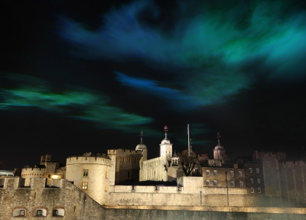 Huawei brings the Northern Lights to the Tower of London