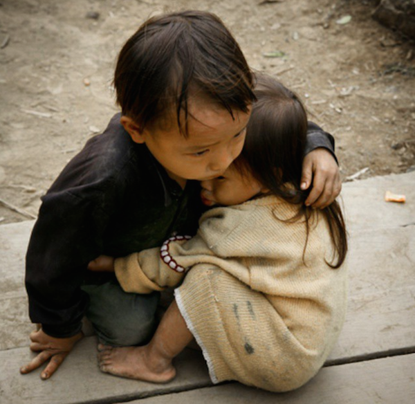 Brother and sister: Taken in Vietnam in 2007 © Na Son Nguyen