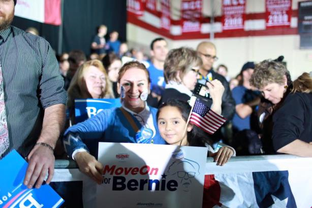 Supporters of Sen. Bernie Sanders. (Image via the Sanders for President Facebook page).