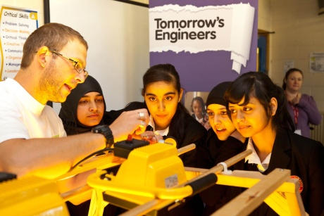 Engineering: trying to engage youngsters