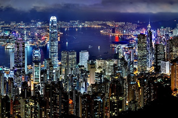 Chinese mainlanders are now questioning whether Hong Kong is a cool place to shop