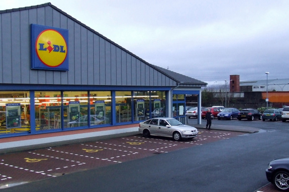 Lidl and W to part ways in July