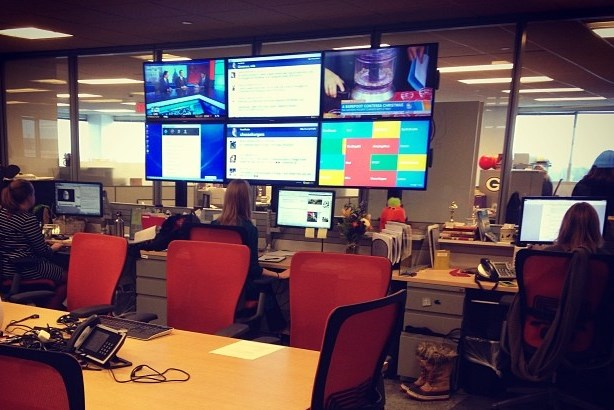 A dairy industry newsroom. Image by David Armano / Flickr; used under the Creative Commons Attribution 2.0 Generic license. Cropped from original.