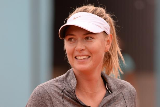 Sharapova in 2015 (Image via Wikimedia Commons, by Tatiana, CC BY-SA 2.0)