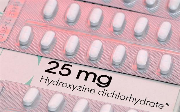 Hydroxyzine is an antihistamine used to treat pruritus; it is also used as an anxiolytic. | SCIENCE PHOTO LIBRARY