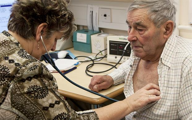Symptom-based COPD diagnosis without spirometry risks exposing patients to unnecessary medication. | LIFE IN VIEW/SCIENCE PHOTO LIBRARY