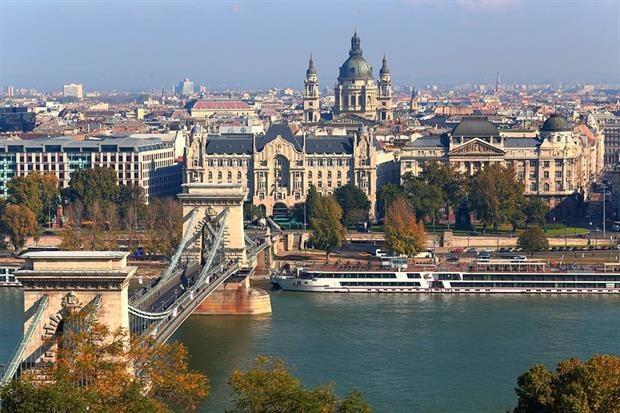 Places: Budapest (image: Thomas Depenbusch / Flickr)