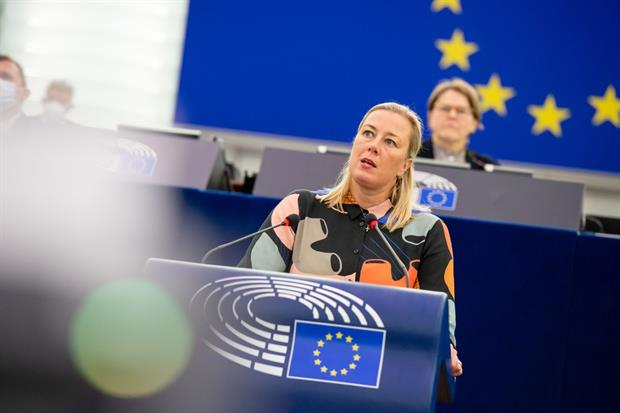 Development commissioner Jutta Urpilainen speaking in Strasbourg this week, where she confirmed the Commission would double its international biodiversity spending. Photo: Brigitte Hase / EP
