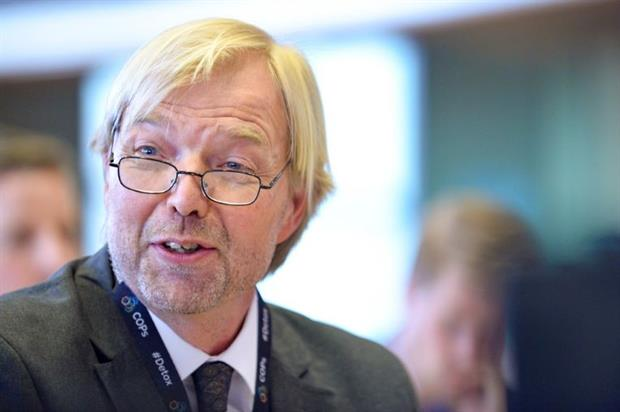 ECHA executive director Bjorn Hansen appearing before the European Parliament's PEST committee in 2018. Image: Dominique Hommel / EP