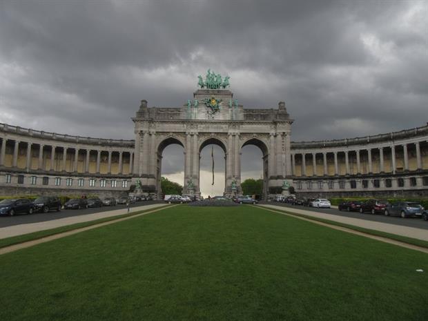 Belgium - Cinquantenaire arcade in Brussels (José Rojo)
