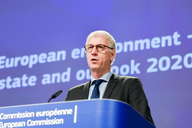 EEA head Hans Bruyninckx presents the findings of the 'State of the Environment' report. Image: EC - Audiovisual Service