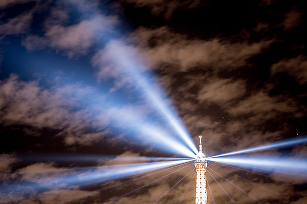Eiffel tower, Paris (photograph: Yann Caradec/CC BY-SA 2.0)