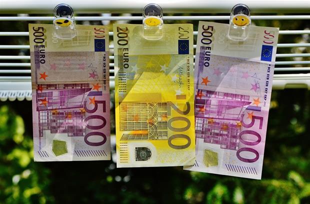 Finances - Euro bank notes (Pixabay)