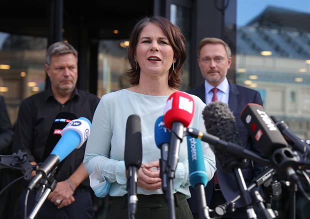 The Greens' co-leader Annalena Baerbock speaks to the press after a second round of informal talks with the FDP on Friday. The two parties have diverging approaches to tackling climate change. Photo: Sean Gallup / Getty Images