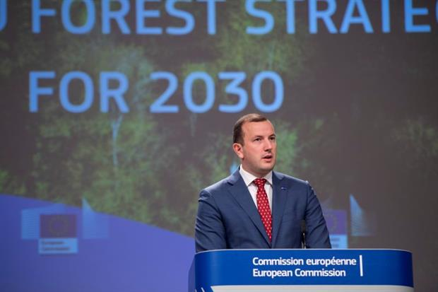 """Sinkevicius: the strategy proposes """"change at every stage: changes in the way we produce, in the way we manage, in the way we grow our forests, and the use we make of multiple services provided"""". Photo: Lukasz Kobus / EC"""